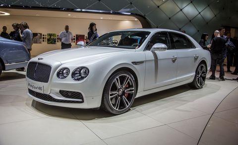 Automotive design, Vehicle, Land vehicle, Car, Personal luxury car, Grille, Alloy wheel, Rim, Bentley, Luxury vehicle,