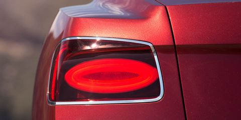 Automotive tail & brake light, Automotive lighting, Red, Automotive parking light, Light, Carmine, Maroon, Automotive light bulb, Trunk, Coquelicot,