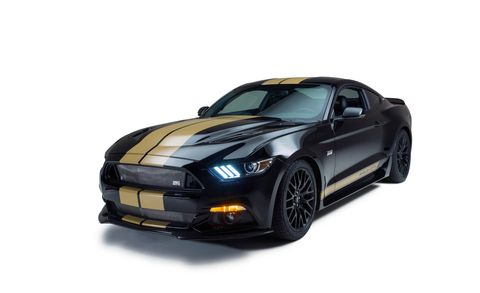 Tire, Automotive design, Vehicle, Automotive lighting, Rim, Headlamp, Hood, Automotive tire, Automotive exterior, Performance car,