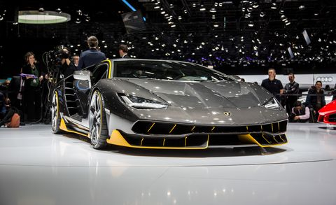 Automotive design, Event, Vehicle, Performance car, Car, Personal luxury car, Sports car, Headlamp, Supercar, Auto show,