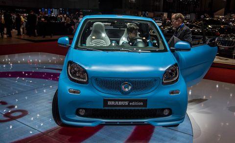 Motor vehicle, Automotive design, Vehicle, Event, Car, Grille, Exhibition, Auto show, Bumper, City car,