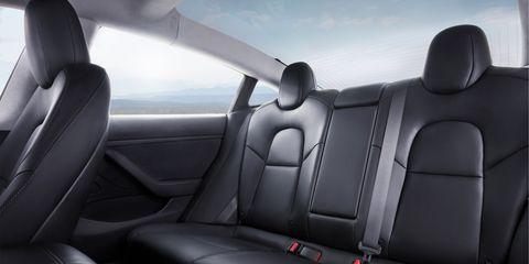 Land vehicle, Vehicle, Car, Vehicle door, Car seat, Car seat cover, Automotive design, Mode of transport, Head restraint, Seat belt,