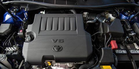 Engine, Automotive engine part, Automotive air manifold, Personal luxury car, Automotive super charger part, Automotive fuel system, Nut, Kit car, Screw, Automotive engine timing part,