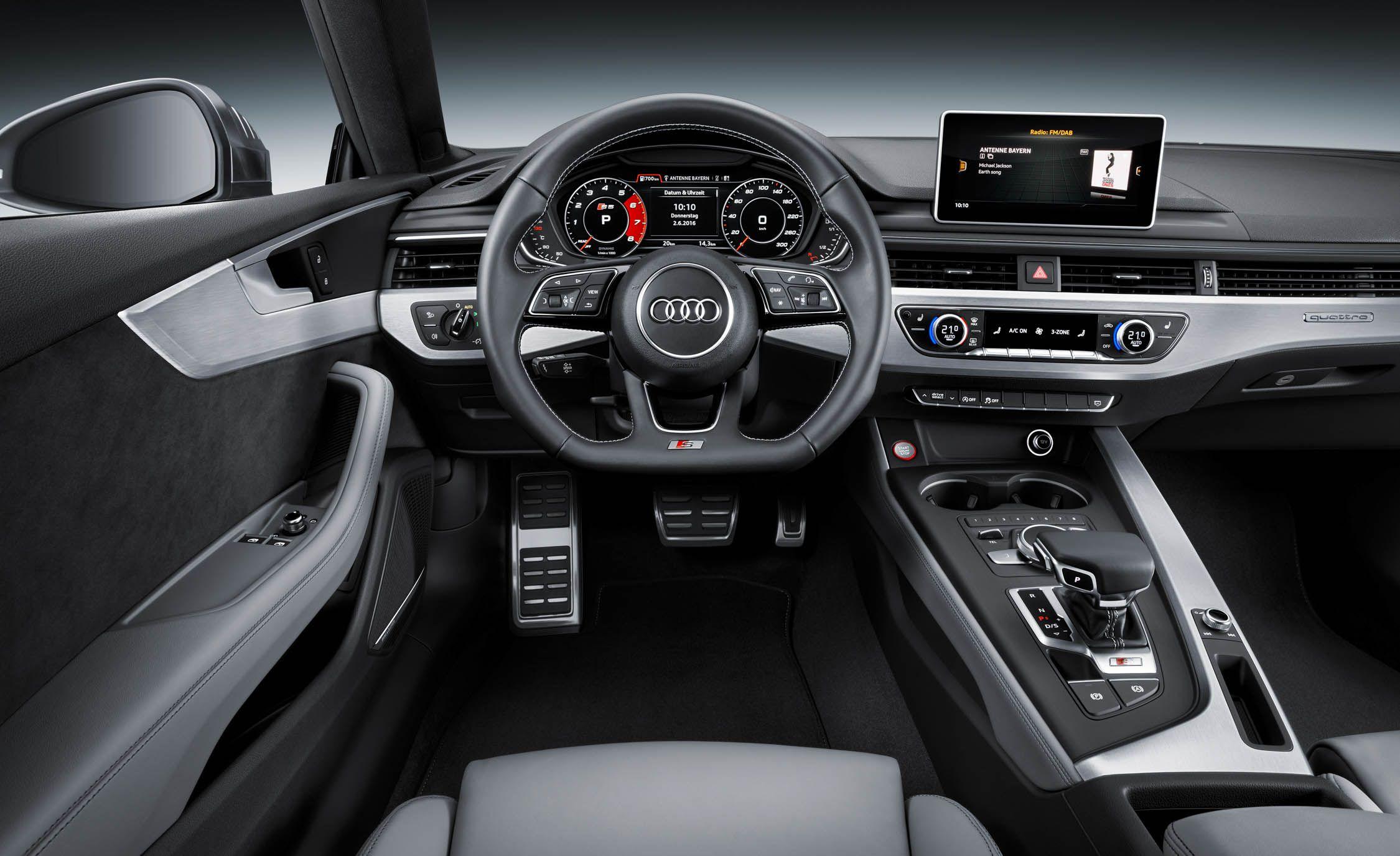 Kekurangan Audi M5 Perbandingan Harga