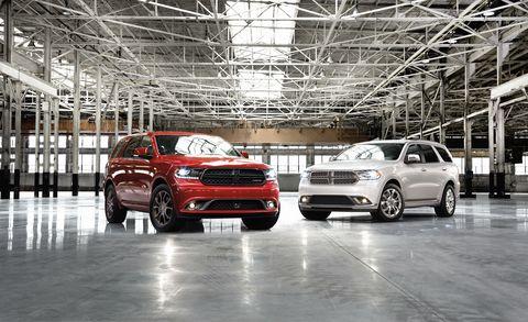 Tire, Wheel, Automotive design, Vehicle, Land vehicle, Car, Automotive lighting, Alloy wheel, Sport utility vehicle, Grille,