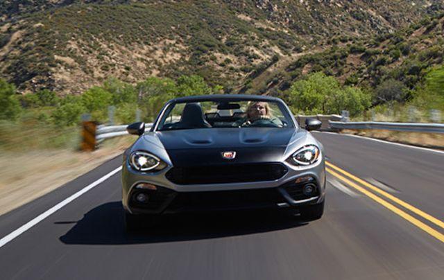 motor vehicle, road, automotive mirror, mode of transport, automotive design, vehicle, land vehicle, headlamp, hood, infrastructure,