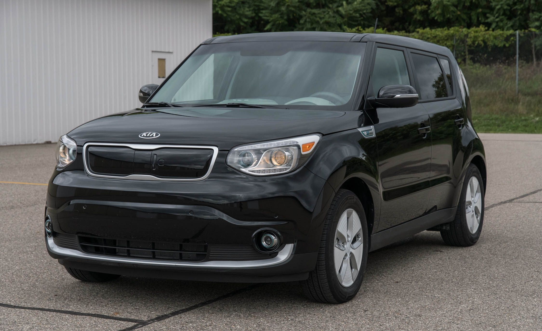 2020 Kia Soul Ev Reviews Price Photos And Specs Car Driver