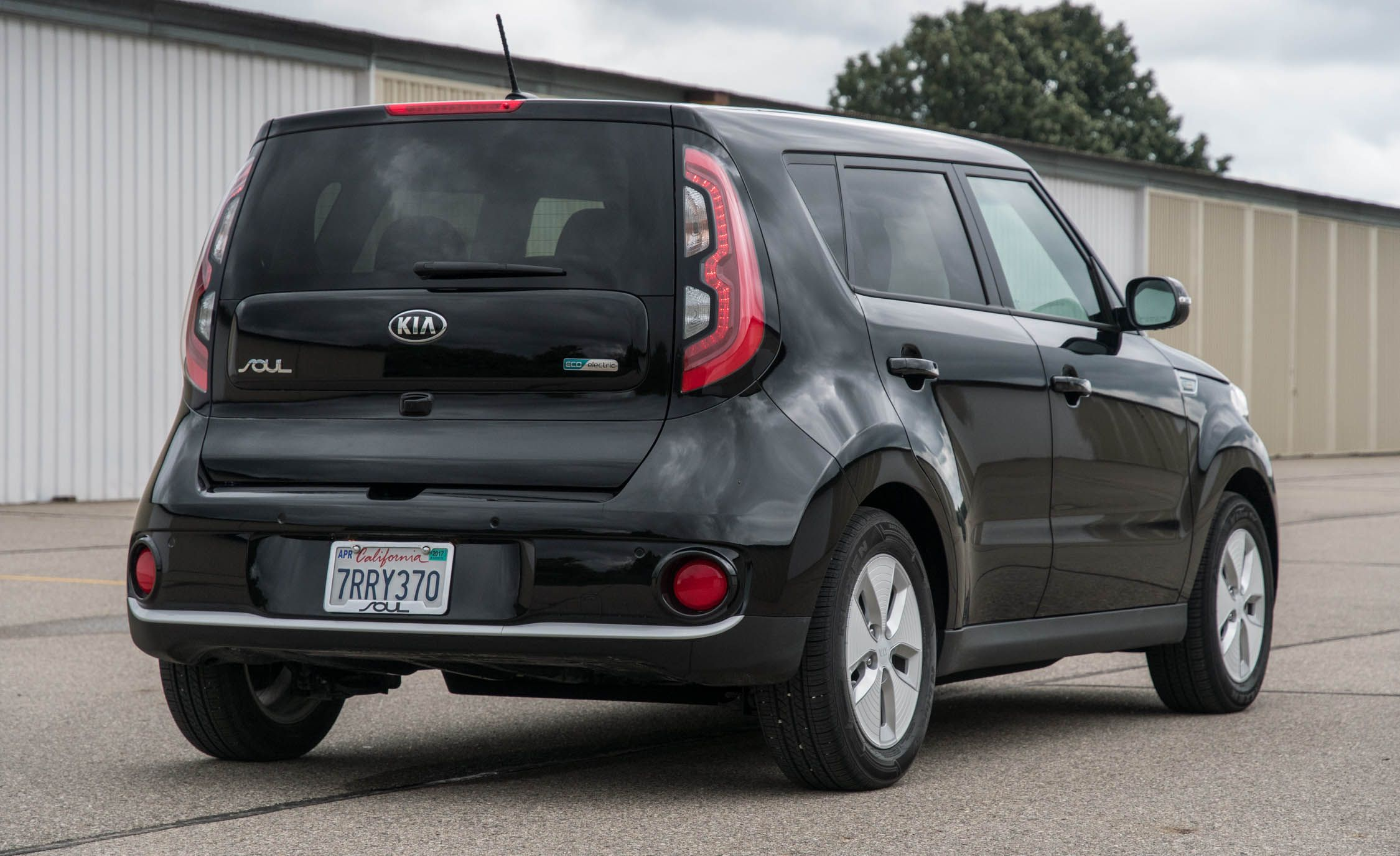 2020 Kia Soul Ev Reviews Price Photos And Specs Car Driver