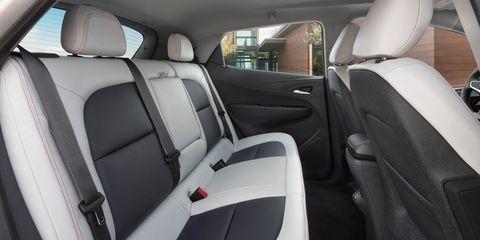 Motor vehicle, Car seat, Car seat cover, Vehicle door, Head restraint, Fixture, Automotive window part, Luxury vehicle, Family car, Seat belt,