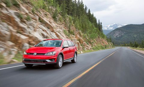 Tire, Wheel, Automotive design, Vehicle, Automotive mirror, Road, Land vehicle, Infrastructure, Car, Alloy wheel,