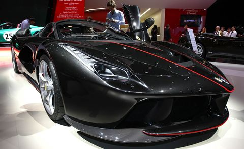 Automotive design, Vehicle, Event, Land vehicle, Performance car, Car, Auto show, Supercar, Exhibition, Sports car,