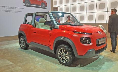 Motor vehicle, Tire, Wheel, Automotive design, Vehicle, Land vehicle, Car, Vehicle door, Fender, Automotive tire,