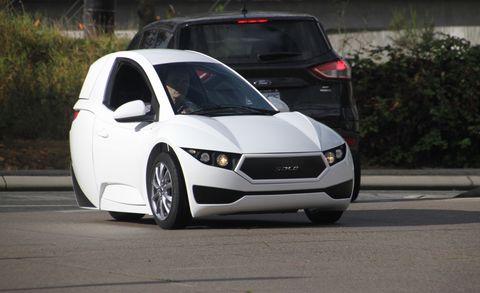 Motor vehicle, Wheel, Mode of transport, Automotive mirror, Automotive design, Vehicle, Transport, Infrastructure, Car, Hood,