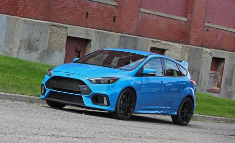 Tire, Wheel, Blue, Automotive design, Window, Vehicle, Automotive tire, Rim, Alloy wheel, Brick,