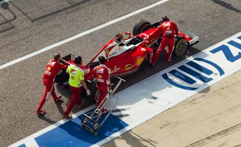 Tire, Automotive design, Race track, Open-wheel car, Automotive tire, Sport venue, Motorsport, Formula one, Car, Formula racing,
