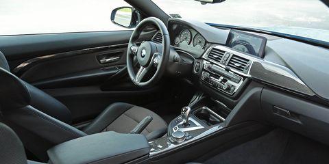 Land vehicle, Vehicle, Car, Luxury vehicle, Personal luxury car, Steering wheel, Center console, Gear shift, Automotive design, Bmw,
