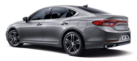 2017 Hyundai Azera Rear