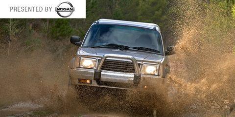 Automotive design, Land vehicle, Vehicle, Automotive exterior, Hood, Car, Headlamp, Off-roading, Grille, Automotive lighting,