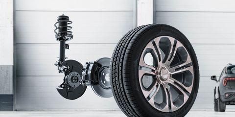 Tire, Wheel, Automotive tire, Automotive design, Automotive wheel system, Rim, Alloy wheel, Automotive exterior, Auto part, Spoke,