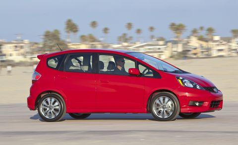 Land vehicle, Vehicle, Car, Honda fit, Motor vehicle, Honda, Automotive design, Hatchback, Subcompact car, City car,