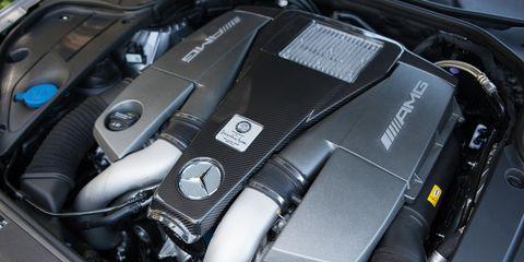 Automotive design, Engine, Personal luxury car, Luxury vehicle, Carbon, Machine, Kit car, Sports car, Automotive engine part, Supercar,