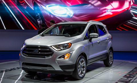 Tire, Motor vehicle, Wheel, Automotive design, Vehicle, Land vehicle, Headlamp, Automotive lighting, Car, Grille,
