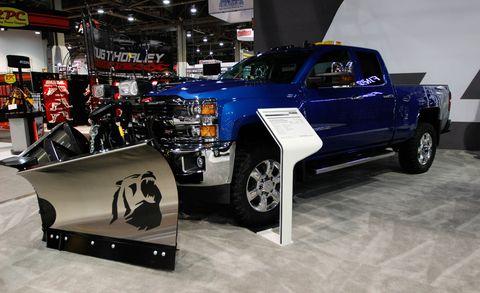 Motor vehicle, Tire, Wheel, Automotive tire, Automotive design, Vehicle, Land vehicle, Rim, Automotive exterior, Pickup truck,