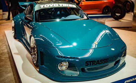 Motor vehicle, Mode of transport, Automotive design, Vehicle, Land vehicle, Car, Performance car, Hood, Personal luxury car, Fender,
