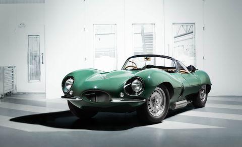 Mode of transport, Automotive design, Vehicle, Automotive lighting, Headlamp, Classic car, Car, Automotive tire, Jaguar d-type, Fender,