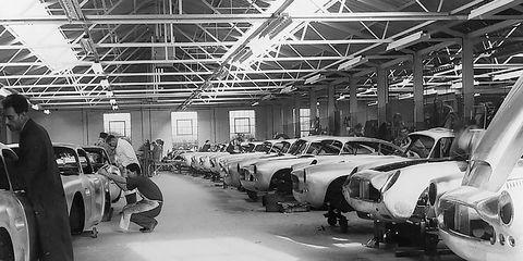 Motor vehicle, Automotive design, Service, Factory, Machine, Automotive lighting, Automotive wheel system, Auto part, Industry, Aircraft,
