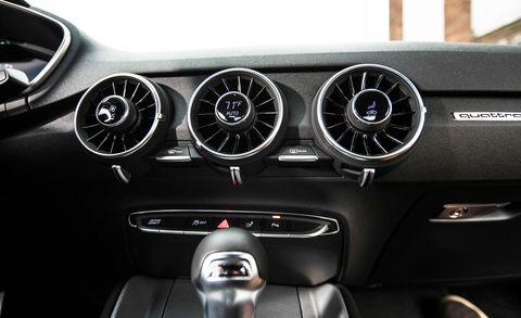 Mode of transport, Automotive design, Speedometer, White, Steering wheel, Car, Steering part, Gauge, Light, Tachometer,