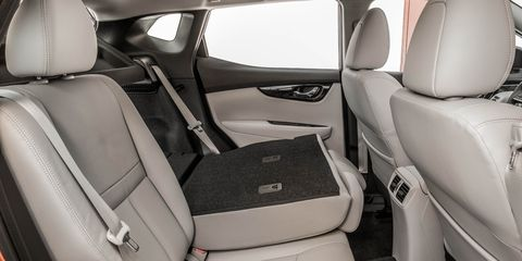 Land vehicle, Vehicle, Car, Car seat cover, Personal luxury car, Crossover suv, Head restraint,