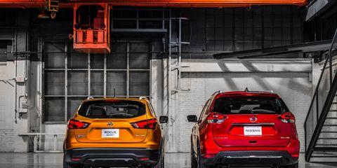 Automotive design, Vehicle, Automotive tail & brake light, Car, Automotive exterior, Automotive lighting, Automotive parking light, Hatchback, Bumper, Automotive mirror,