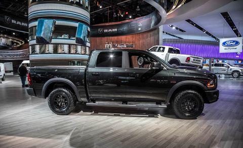 Tire, Wheel, Motor vehicle, Automotive tire, Automotive design, Pickup truck, Vehicle, Land vehicle, Rim, Truck,