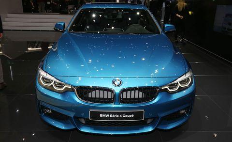 Motor vehicle, Mode of transport, Automotive design, Blue, Vehicle, Automotive exterior, Land vehicle, Grille, Car, Hood,