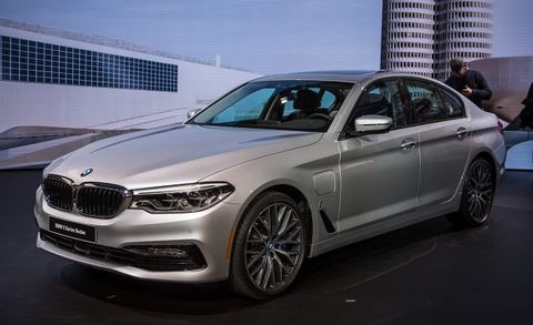 2018 Bmw 530e And M550i Placement