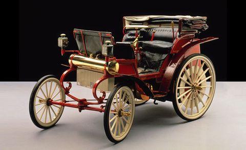 Wheel, Mode of transport, Automotive design, Transport, Classic car, Rim, Spoke, Antique car, Classic, Antique,