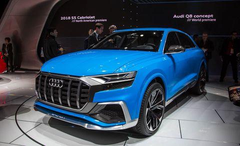 Automotive design, Vehicle, Product, Event, Land vehicle, Grille, Car, Fender, Personal luxury car, Alloy wheel,