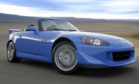 Tire, Wheel, Automotive design, Vehicle, Land vehicle, Hood, Car, Performance car, Fender, Sports car,