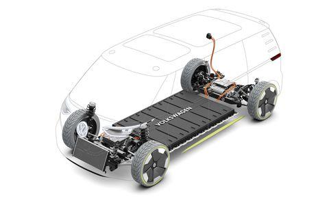 Automotive design, Automotive tire, Rim, Auto part, Chassis, Machine, Automotive wheel system, Bumper, Tread, Rolling,