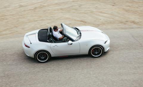 Tire, Wheel, Automotive design, Vehicle, Automotive tire, Automotive wheel system, Alloy wheel, Rim, White, Car,