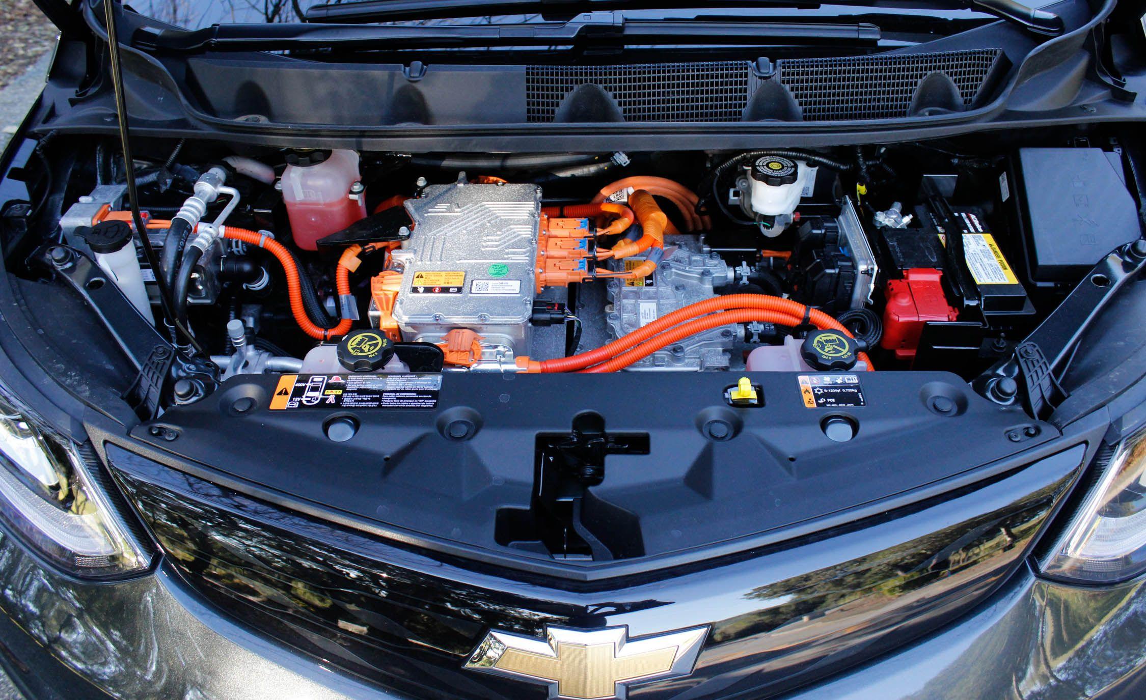 We Dive Deep into the Chevrolet Bolt EV's Infotainment