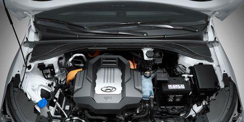 Automotive design, Engine, Trunk, Automotive engine part, Luxury vehicle, Personal luxury car, City car, Hood, Subcompact car, Kit car,