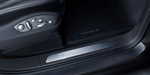 Automotive design, Automotive exterior, Grey, Carbon, Luxury vehicle, Machine, Automotive door part, Personal luxury car, Bumper part, City car,