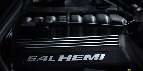 Automotive design, Automotive exterior, Grille, Carbon, Engine, Kit car, Personal luxury car,