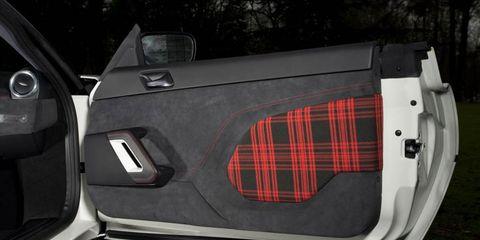 Vehicle, Car, Vehicle door, Design, Luxury vehicle, Pattern, Trunk,