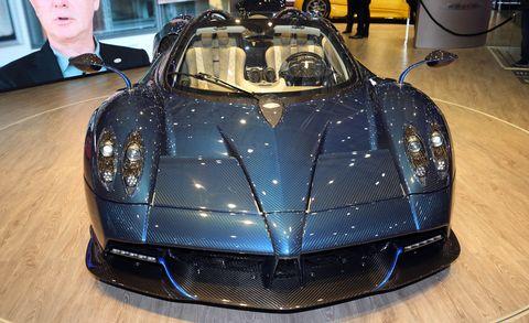 Automotive design, Mode of transport, Supercar, Car, Performance car, Sports car, Personal luxury car, Bugatti, Hood, Hardwood,
