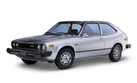 Land vehicle, Vehicle, Car, Coupé, Sedan, Classic car, Hatchback, Model car, Family car,