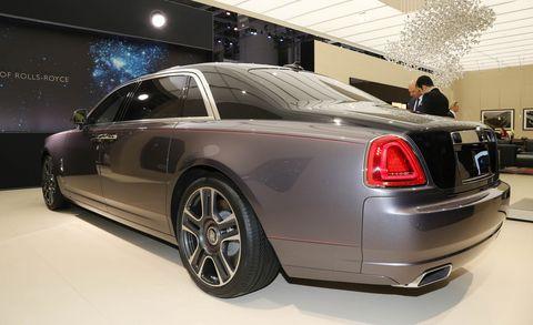 Land vehicle, Vehicle, Car, Luxury vehicle, Rolls-royce, Automotive design, Auto show, Rim, Rolls-royce ghost, Sedan,