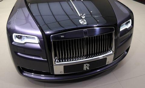 Land vehicle, Luxury vehicle, Vehicle, Car, Automotive design, Rolls-royce, Grille, Rolls-royce phantom, Rolls-royce ghost, Motor vehicle,